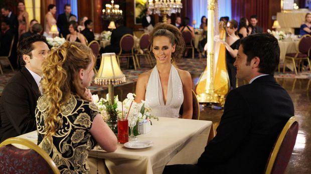Während einer Kreuzfahrt lernen Melinda (Jennifer Love Hewitt, 2.v.r.) und Ji...