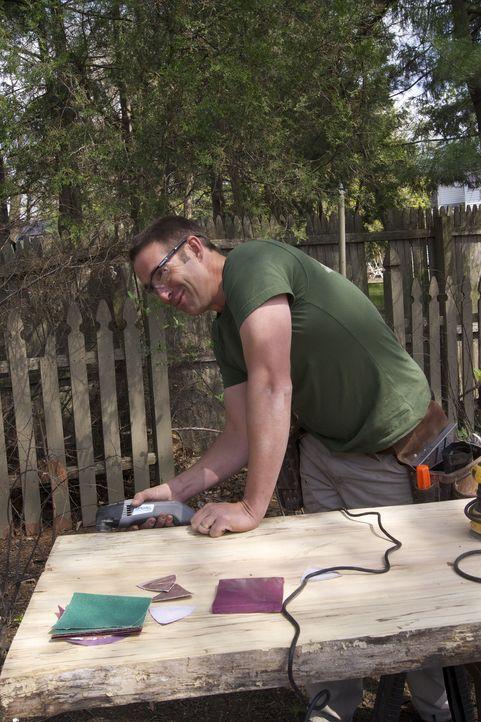 Josh Temple geht ein neues Projekt an - er möchte einen Keller in einen Keller Deluxe verwandeln ... - Bildquelle: 2011, DIY Network/Scripps Networks, LLC.  All Rights Reserved