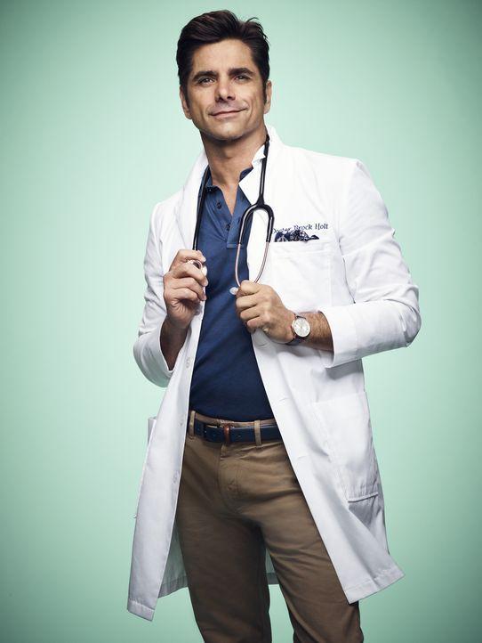 (2. Staffel) - Ahnt Dr. Brock Holt (John Stamos) auf was er sich einlässt, als er als Arzt in der Klinik von Cathy Munsch anfängt? - Bildquelle: Tommy Garcia 2016 Fox and its related entities.  All rights reserved.