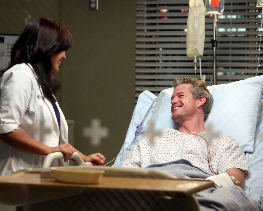 Rückblick: Mark (Eric Dane, r.) und Callie (Sara Ramirez, l.) ahnen nicht, dass sie bald Abschied voneinander nehmen müssen ... - Bildquelle: ABC Studios