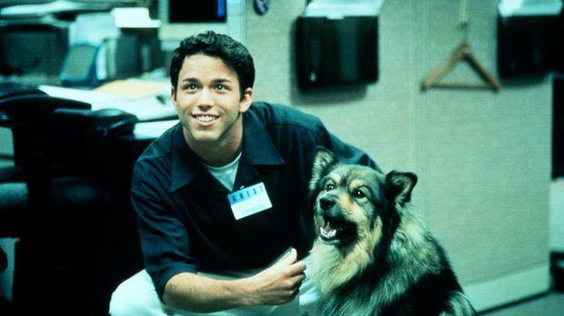 Andrew (Pete Jackson) und sein treuer Hund geraten in ein gefährliches Abente...