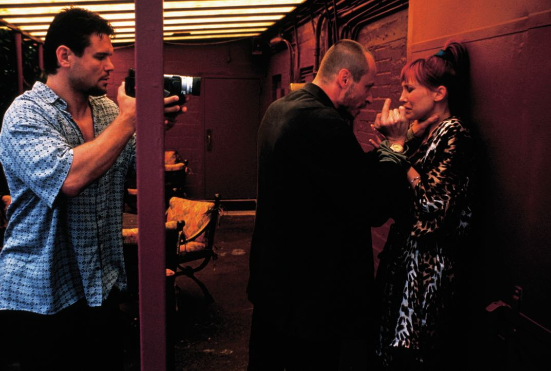 Als die beiden tschechischen Ex-Häftlinge Oleg (Oleg Taktarov, M) und Emil (Karel Roden, l.) in New York ankommen, entdecken sie, dass Kriminelle in... - Bildquelle: New Line Cinema