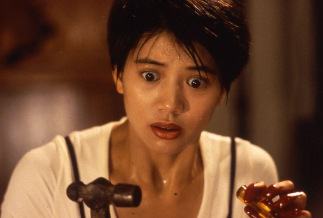 Siu Kam (Anita Yuen) dient dem falschen Herrn ... - Bildquelle: Splendid Film