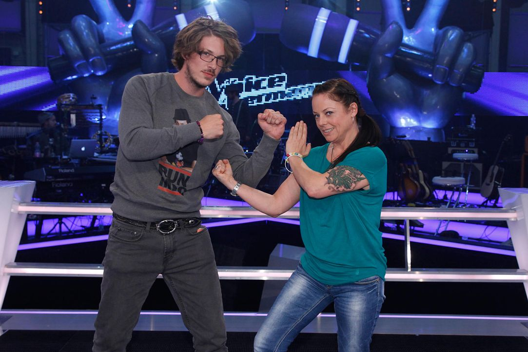 battle-jesper-vs-sam-the-voice-of-germany-staffel-2-02-richard-huebnerjpg 2000 x 1333 - Bildquelle: SAT.1/ProSieben/Richard Hübner