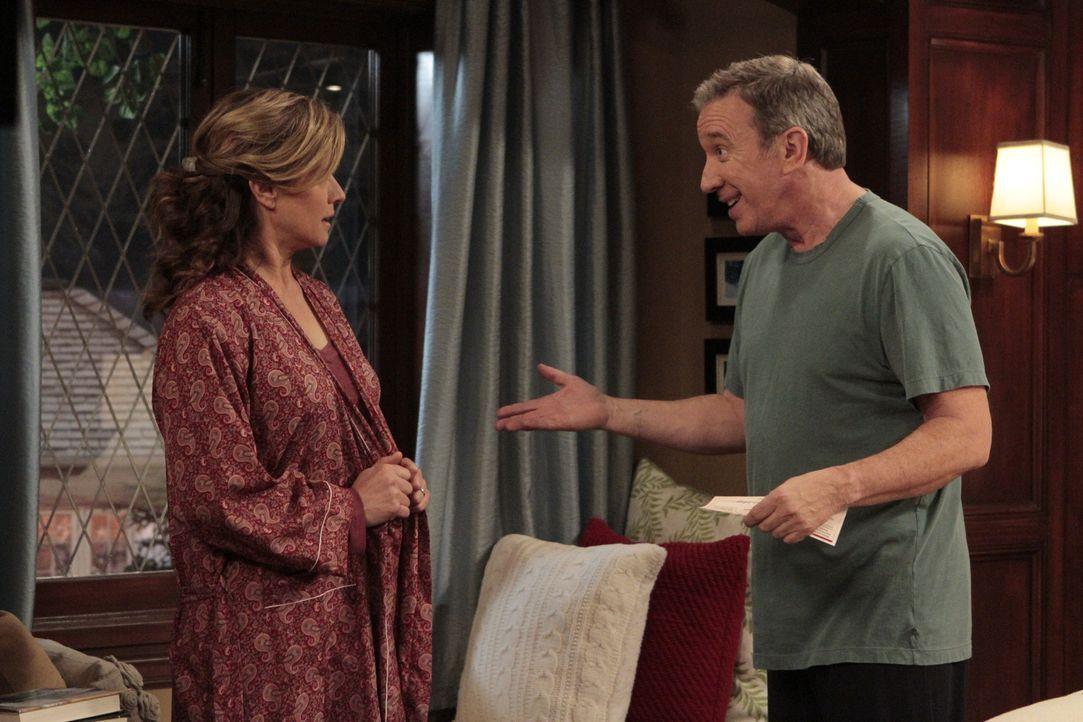 Anders als Mikes (Tim Allen, r.) Chef, ist seine Frau Vanessa (Nancy Travis, l.) gar nicht davon begeistert, wofür ihr Mann das Geld ausgegeben hat... - Bildquelle: 2011 Twentieth Century Fox Film Corporation