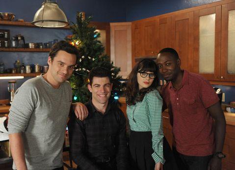 New Girl - Eine ganz besondere WG: Winston (Lamorne Morris, r.), Nick (Jake J...