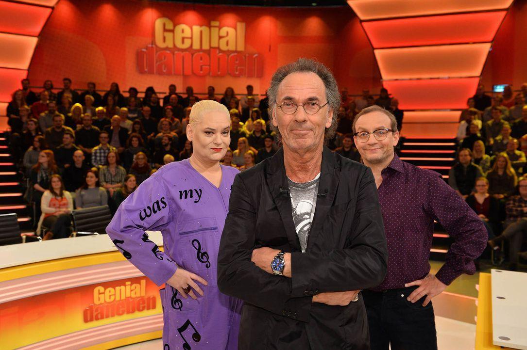 """In """"Genial daneben"""" versuchen Comedy-Queen Hella von Sinnen (l.) und Comedian Wigald Boning (r.), die Fragen der Zuschauer zu erraten. Gestellt werd... - Bildquelle: Willi Weber SAT.1"""