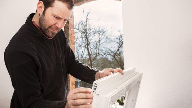Renovierung_Fenster_Sanierung_Ingo Bartussek_Fotolia_78008821