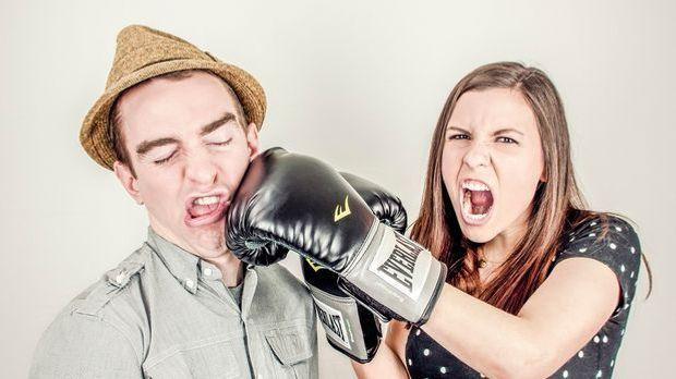 Wenn sich verliebte Paare in der Öffentlichkeit streiten, dann kann das schne...