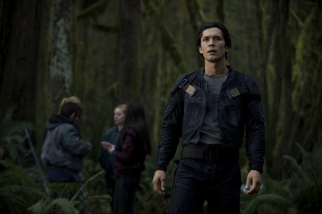 Findet Bellamy (Bob Morley) Anhänger für seine Pläne? - Bildquelle: Warner Brothers
