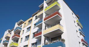 Bevor Balkonmarkisen angebracht werden können, müssen Vermieter oder Hauseige...