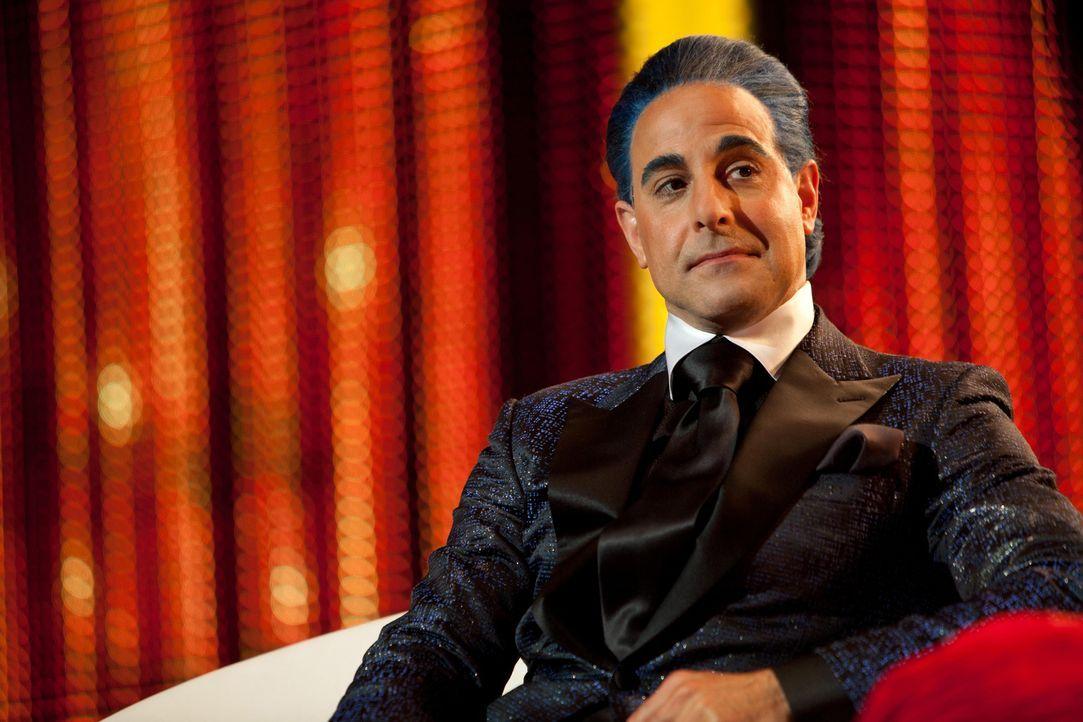 Der flamboyante Moderator der Hungerspiele: Caesar Flickerman (Stanley Tucci) ... - Bildquelle: Studiocanal GmbH