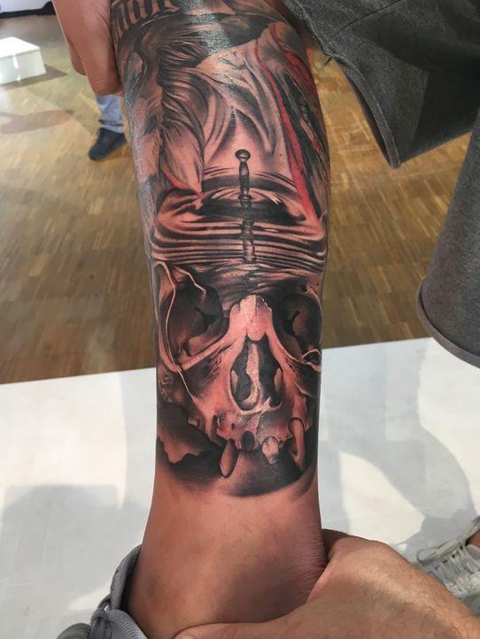 Pain & Fame Tattoos Folge 5 - 4 - Bildquelle: RedSeven
