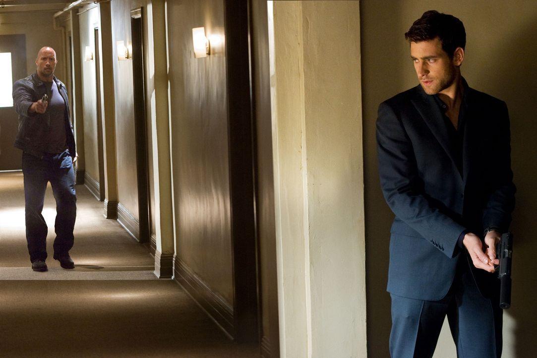 Der junge, egozentrische Auftragskiller (Oliver Jackson-Cohen, r.) verfolgt eine etwas eigenwillige 'Kunst des Tötens'. Doch schon bald muss er erk... - Bildquelle: 2010 CBS FILMS, INC.  All rights reserved.