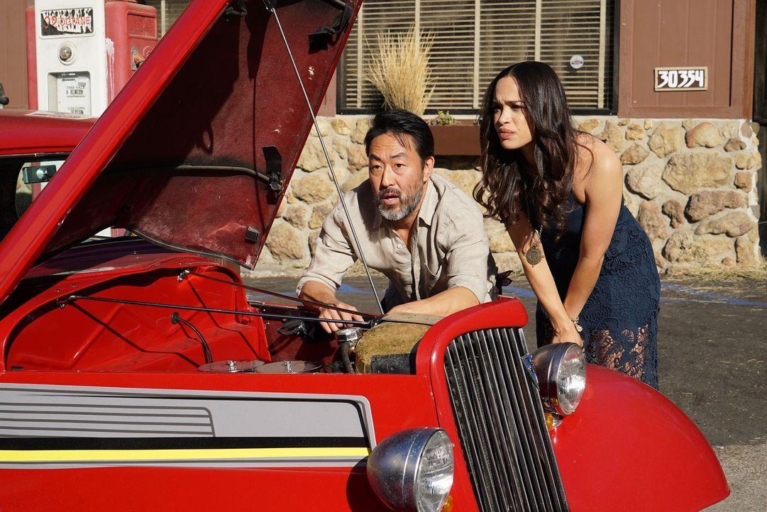 Noch ahnen Lewis (Kenneth Choi, l.) und Erica (Cleopatra Coleman, r.) nicht, dass sich ihr Road Trip noch zu einem wahren Horror Trip entwickeln wir... - Bildquelle: 2016 Fox and its related entities. All rights reserved.
