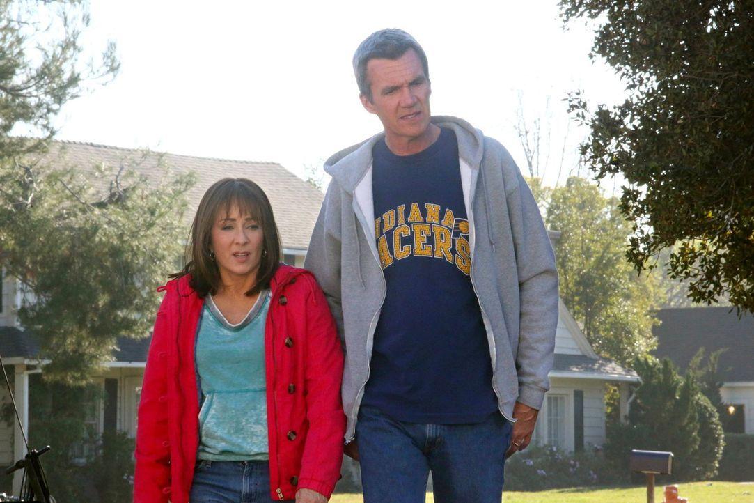 Frankie (Patricia Heaton); Mike (Neil Flynn) - Bildquelle: Warner Brothers