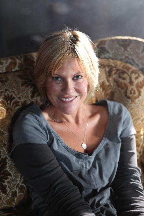 (3. Staffel) - Schreckt vor nichts zurück, wenn es darum geht, Verbrechen aufzuklären: Fred (Vanessa Valence) ... - Bildquelle: 2011 BEAUBOURG AUDIOVISUEL