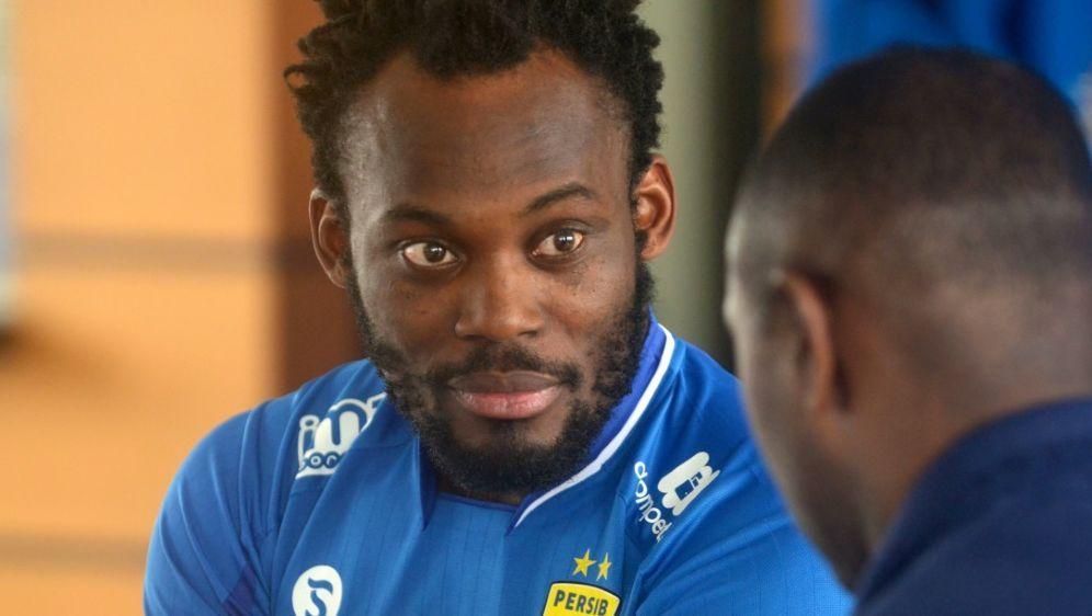 Essien hat einen Vertrag bei FK Sabail unterzeichnet - Bildquelle: AFPSIDTIMUR MATAHARI
