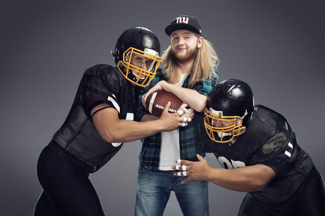 """Beim NFL-Draft können die 32 Teams der National Football League die besten College-Spieler verpflichten. Launiges aus dem Netz dazu präsentiert """"Net... - Bildquelle: Martin Saumweber ProSieben MAXX"""