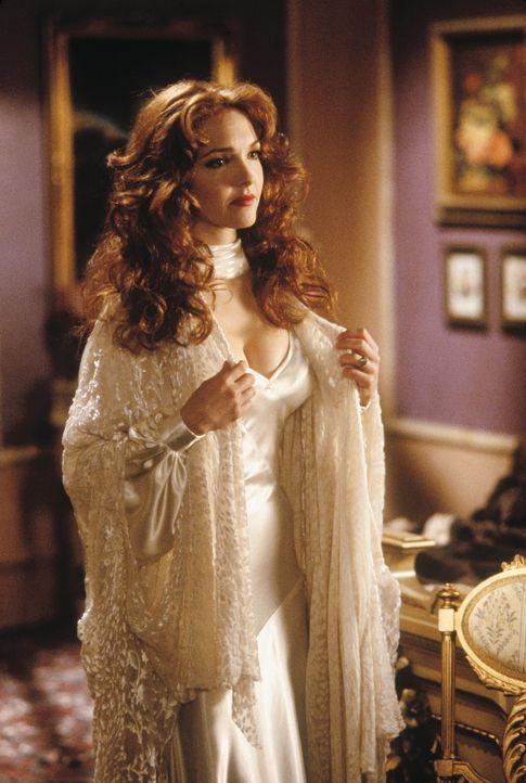 Nicht nur für Vampire eine anziehende Erscheinung: Mina (Amy Yasbeck) ... - Bildquelle: CASTLE ROCK ENTERTAINMENT