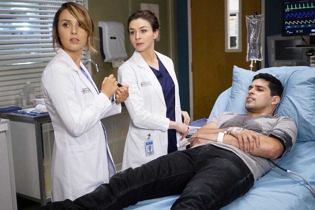Kyle (Wilmer Valderrama, r.) wird ins Krankenhaus eingeliefert. Er zittert am ganzen Körper. Amelia (Caterina Scorsone, M.) und Jo (Camilla Luddingt... - Bildquelle: Kelsey McNeal ABC Studios