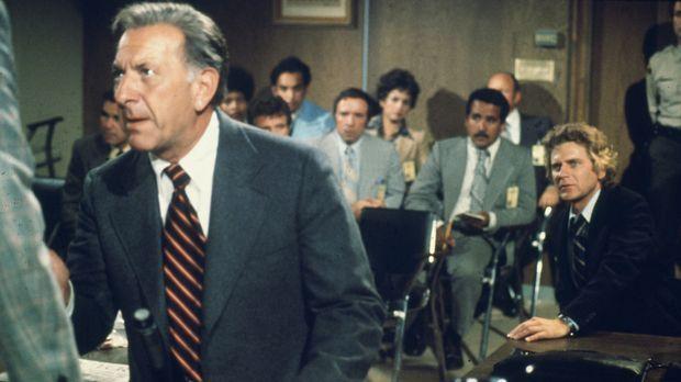 War es Selbstmord oder doch ein Verbrechen? Quincy (Jack Klugman) bringt die...