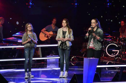 The-Voice-Kids-Stf03-Epi06-Auftritte-20-Cosma-Liv-Elinor-SAT1-Andre-Kowalski...