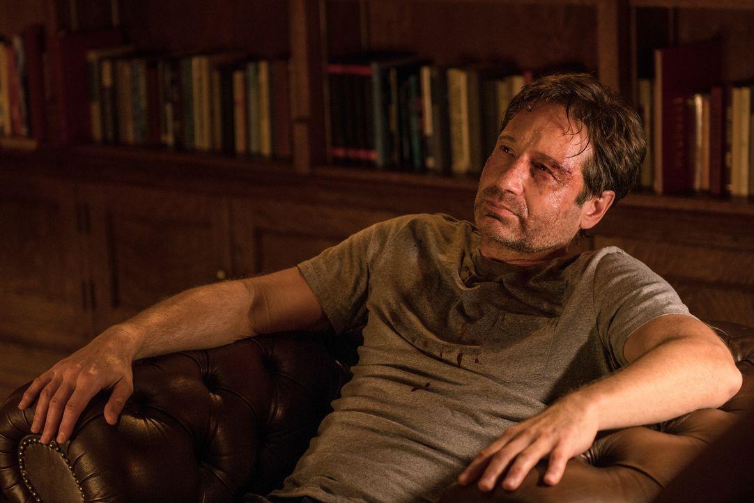 Auch Mulder (David Duchovny) ist gegen das Virus nicht immun und nur eine Person kann ihm helfen ... - Bildquelle: 2016 Fox and its related entities.  All rights reserved.