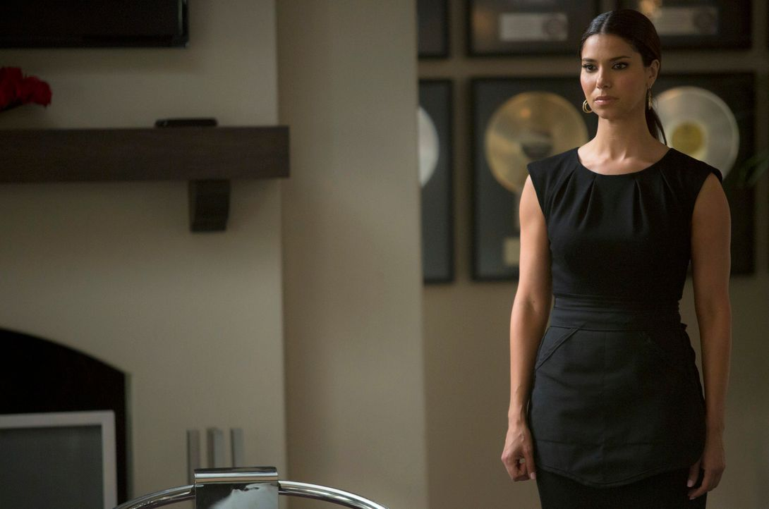 Steht vor einer äußerst schweren Entscheidung: Carmen (Roselyn Sanchez) ... - Bildquelle: ABC Studios