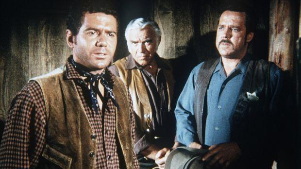 Ben Cartwright (Lorne Greene, M.) und Sheriff Clem Foster (Bing Russell, r.)...