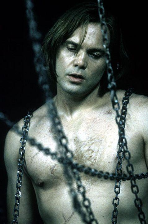 Während seine Opfer im Wasserbad ums Überleben kämpfen, frönt der schizoide Serienmörder Carl Stargher (Vincent D'Onofrio) einer eigenartigen Vorlie... - Bildquelle: Kinowelt Filmverleih