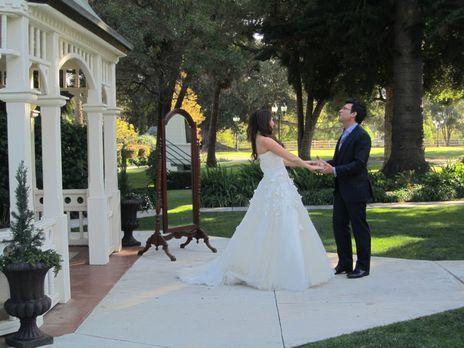 My Fair Wedding - (4. Staffel) - David Tutera (r.), der Wedding-Planner der S...