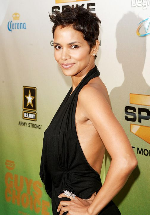 halle-berry-09-05-30-2-getty-afpjpg 1391 x 1990 - Bildquelle: getty-AFP