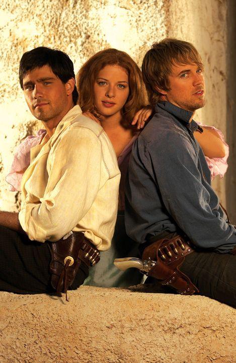 Etta Place (Rachelle Lefevre, M.) ist die Herzdame der beiden Outlaws Butch Cassidy (David Clayton Rogers, l.) und Sundance Kid (Ryan Browing, r.) ...