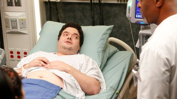 Während eine verärgerte Callie Derek einen Schock verpasst, überlässt Bailey...