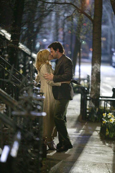 """Verbringen unglücklicherweise eine zu """"ruhige"""" Nacht: Carrie (Sarah Jessica Parker, l.) und Jack Berger (Ron Livingston, r.) ... - Bildquelle: Paramount Pictures"""