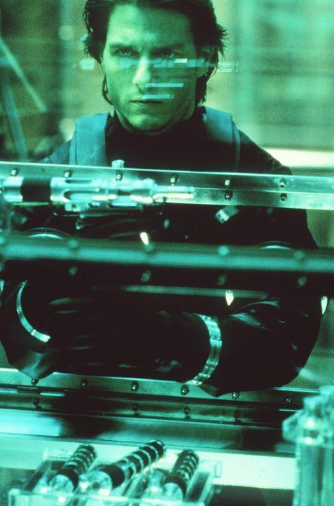 Als sein ehemaliger IMF-Kollege Sean Ambrose den tödlichen Virus Chimera entwendet, wird Ethan Hunt (Tom Cruise) auf ihn angesetzt. Er soll verhind... - Bildquelle: Paramount Pictures
