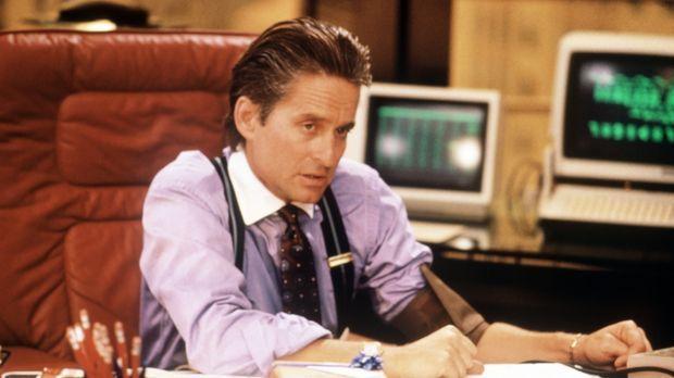 Gordon Gekko (Michael Douglas) ist einer der skrupellosesten und erfolgreichs...