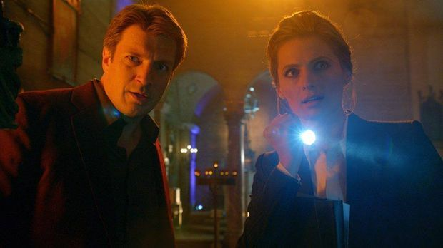 Nathan fillion als Richard Castle und Stana Katic als Kate Beckett in der Ser...