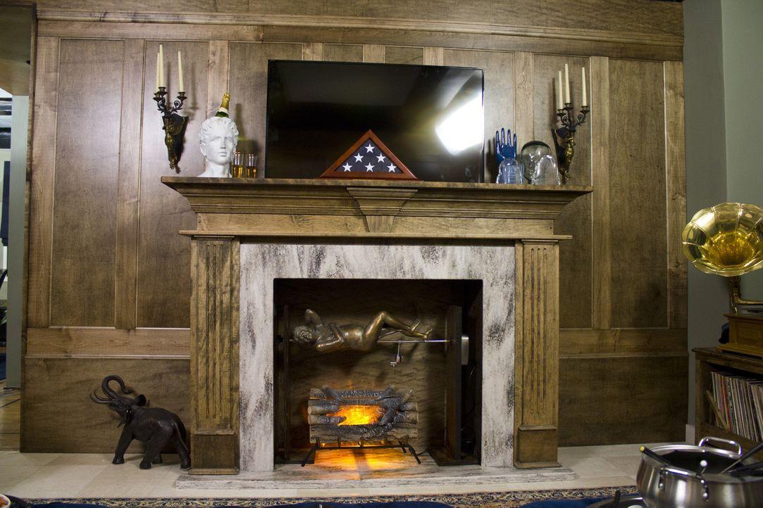 Das umgestaltete Zuhause von Comedian Jeff Ross hat alles, was ein Männerherz höher schlagen lässt: einen Kamin, einen Pokertisch und einen gemütlic... - Bildquelle: 2014, DIY Network/Scripps Networks, LLC. All RIghts Reserved.