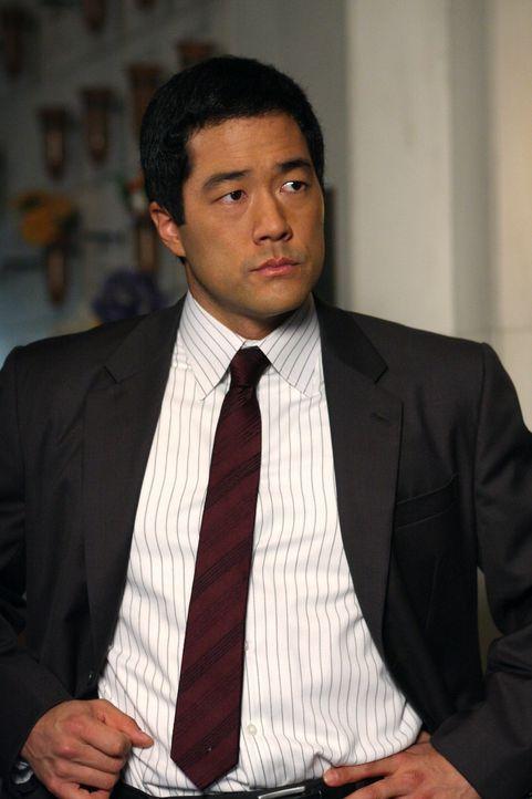 Ein neuer Fall bereitet Kimball (Tim Kang) seinen Kollegen Kopfzerbrechen ... - Bildquelle: Warner Bros. Television
