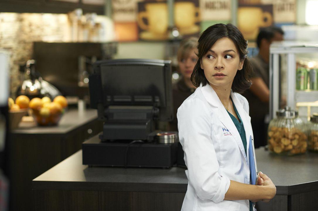 Maggie (Julia Taylor Ross) und Rian sollen die Eingebung von Charlie, die einer Frau das Leben gerettet hat, wissenschaftlich erklären. Wird es ihne... - Bildquelle: Ken Woroner 2014 Hope Zee Three Inc.