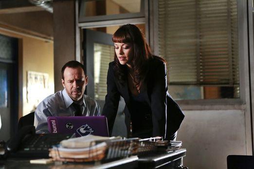 Blue Bloods - In ihrem neuen Fall untersuchen Danny (Donnie Wahlberg, l.) und...