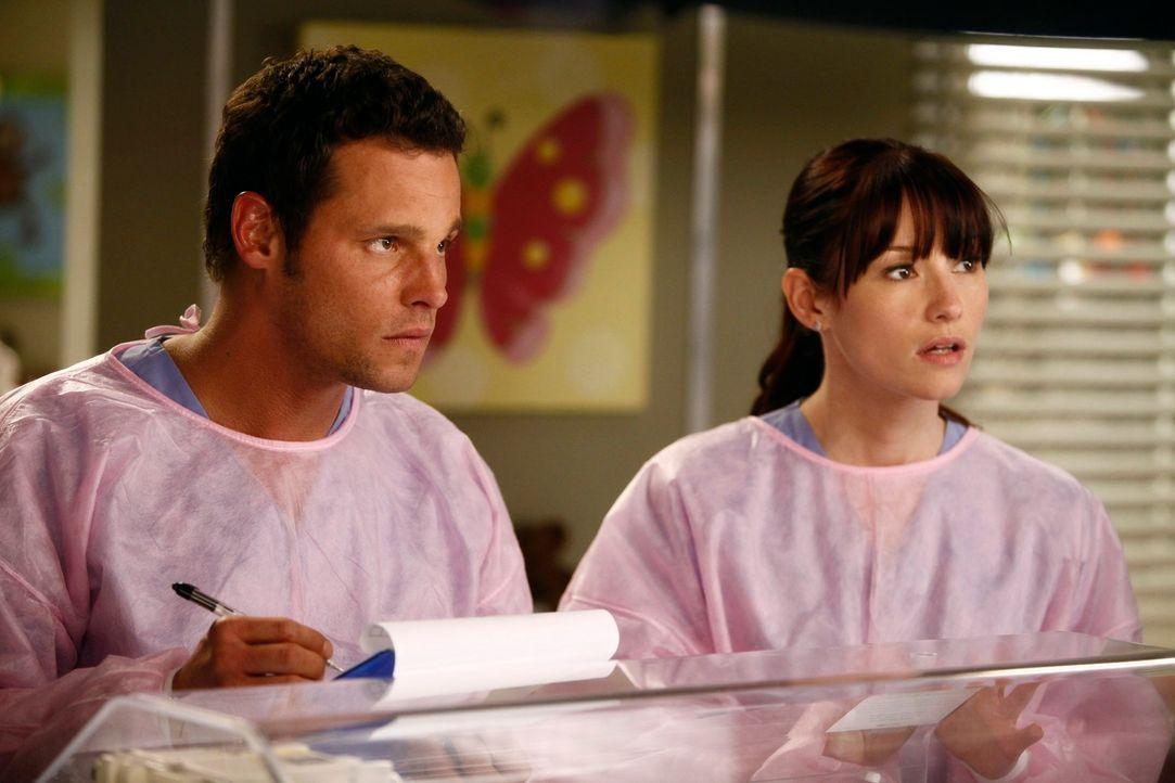 Eine Explosion sorgt in einem Cafe für einen arbeitsreichen Tag in der Notaufnahme, während Lexie (Chyler Leigh, r.) gemeinsam mit Alex (Justin Cham... - Bildquelle: ABC Studios