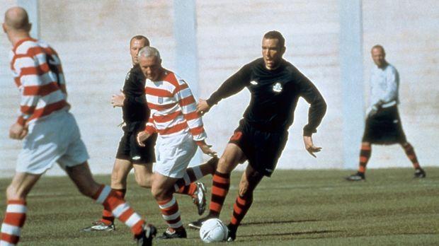 Selbst im Knast beherrscht der Fußball sein Leben: Danny Meehan (Vinnie Jones...