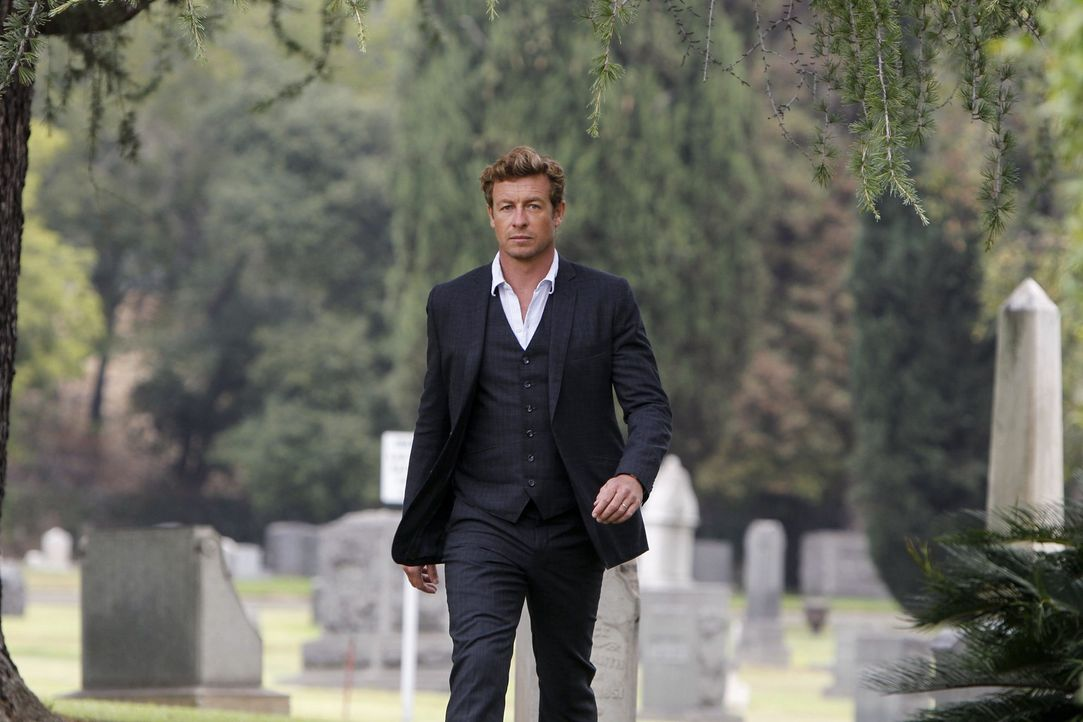 Patrick Jane (Simon Baker) steht endlich dem wahren Red John gegenüber - dem Serienmörder, den er verfolgt, seit der Wahnsinnige seine Frau und To... - Bildquelle: Warner Bros. Television