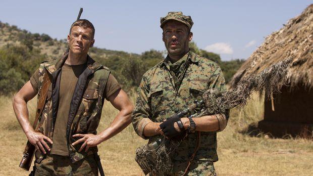 Scharfschützenausbilder Richard Miller (Billy Zane, r.) macht Brandon (Chad M...