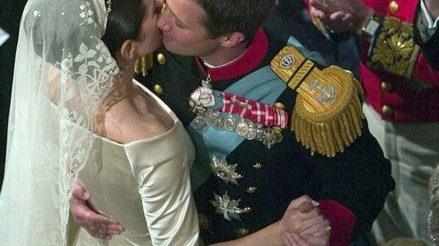 Hochzeitswalzer Prinzenpaar Dänemark_dpa