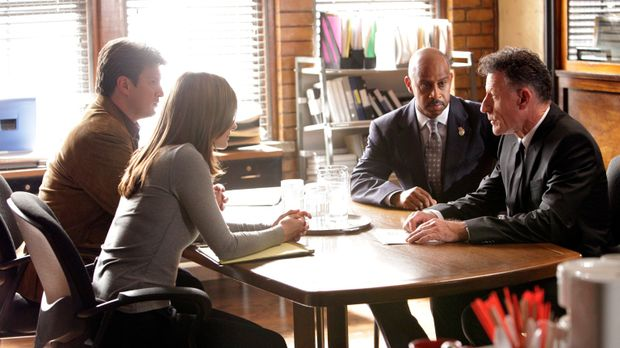 Richard Castle (Nathan Fillion, l.), Kate Beckett (Stana Katic, 2.v.l.), Roy...