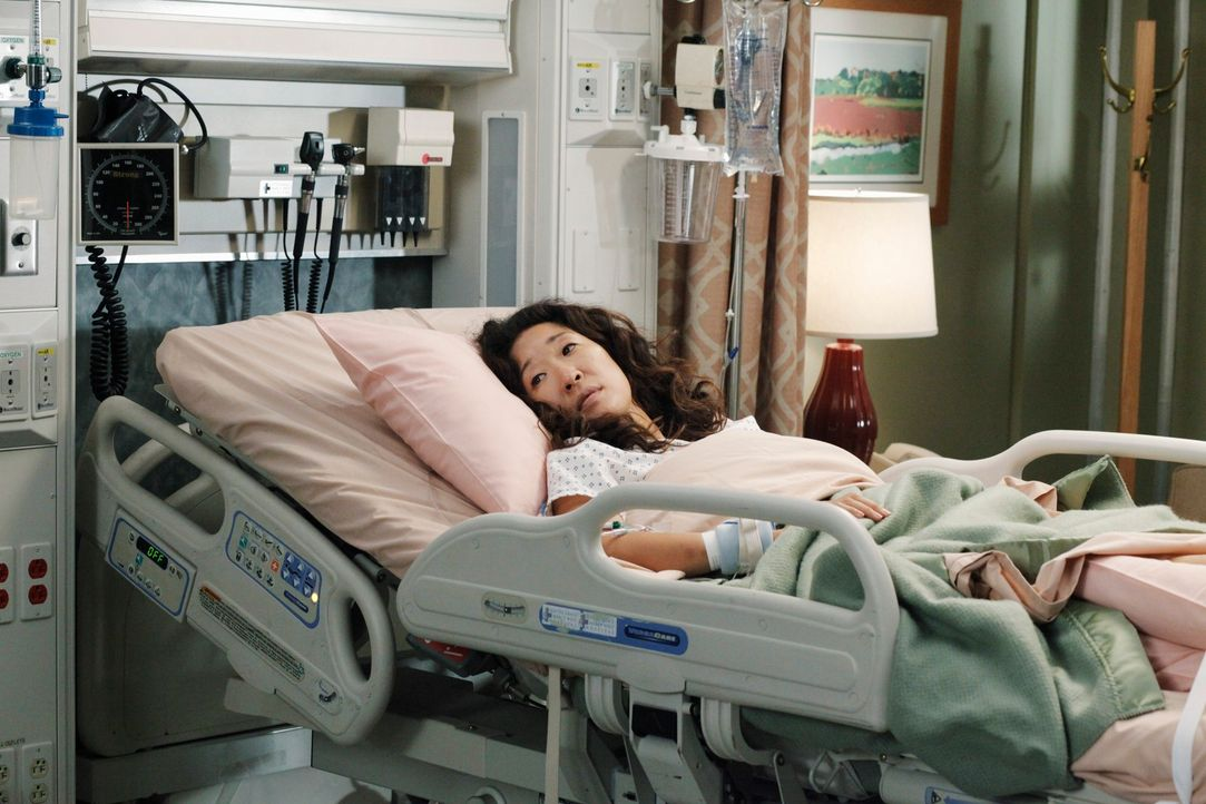 Rückblick: Nach alldem, was sie erlebt hat, spricht Cristina (Sandra Oh) mit niemandem mehr. Ihre Freunde und Kollegen machen sich große Sorgen um s... - Bildquelle: ABC Studios